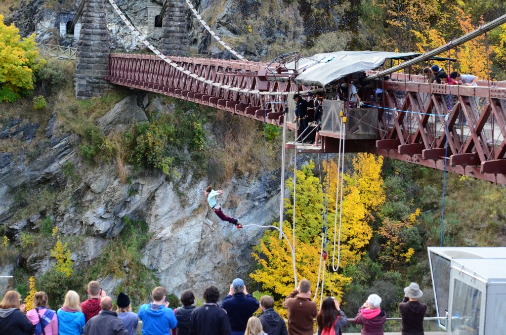 alli bungy jumping2
