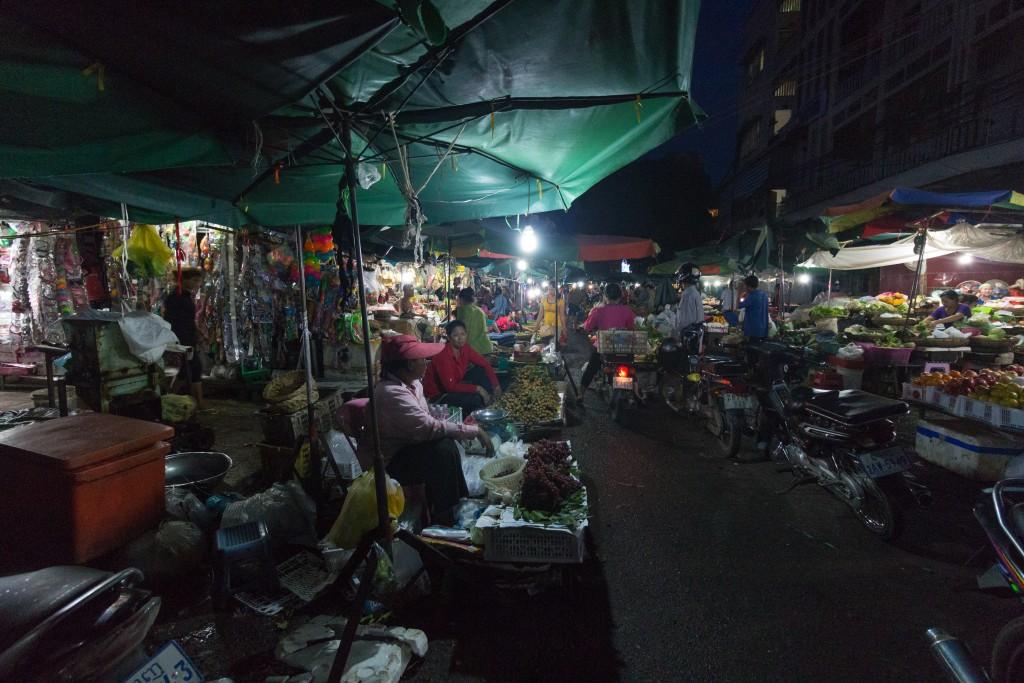 PhnomPenhMarketNight