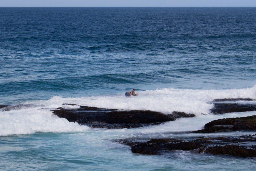 sydney-beach-idiots-dumdums