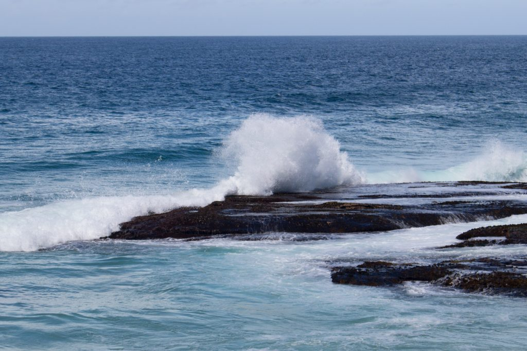 sydney-beach-idiots-splash