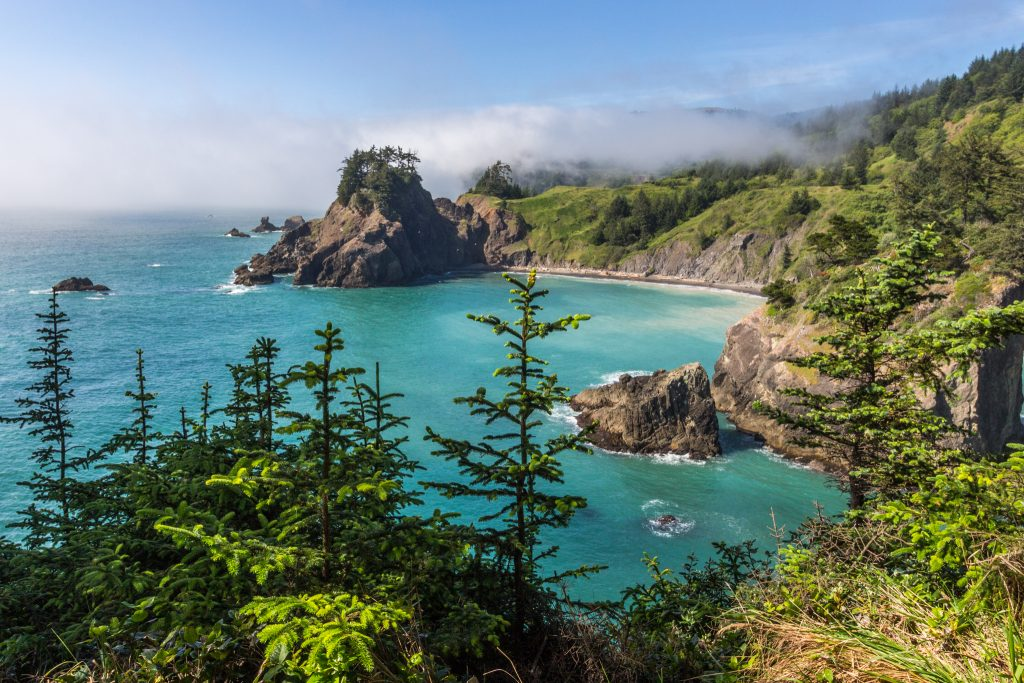 Arch Rock Viewpoint in Oregon